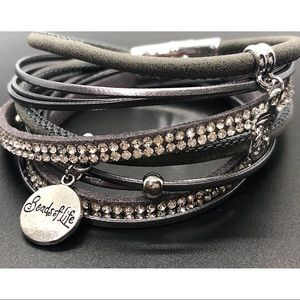 Jewelry - ❤️Boho multilayer double wrap bracelet